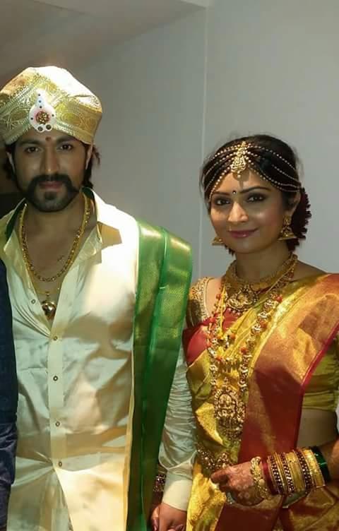 yash radhika pandit wedding jewellery dhanalakshmi jewellers