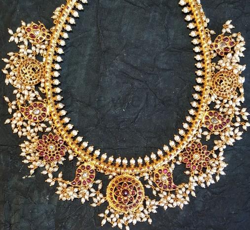 Guttapusalu Short Necklace