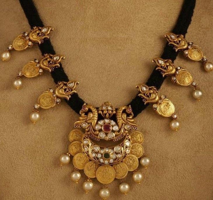 Dori Necklace