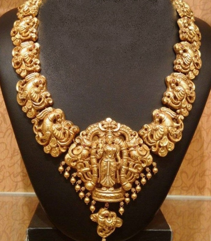 Traditional Antique Gold Peacock Necklace Designs