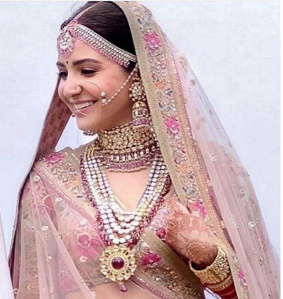 Anushka Sharma Kundan Necklace