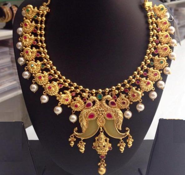 Puligoru necklace
